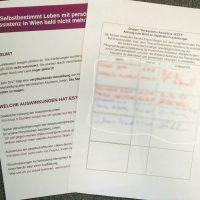 Bild zeigt Flyer und Unterschriftenliste.